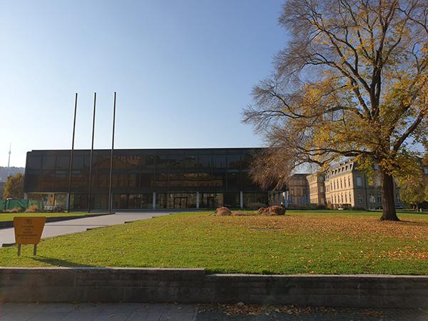 Das Landtagsgebäude in Stuttgart. Foto: tünews INTERNATIONAL.